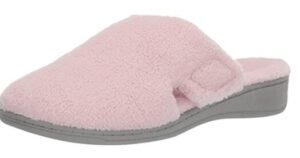 best slippers for wide feet