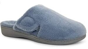 non-clog slippers for tile floors