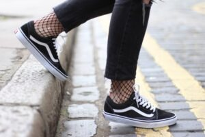 what socks to wear with vans
