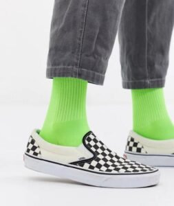 how to wear vans with socks
