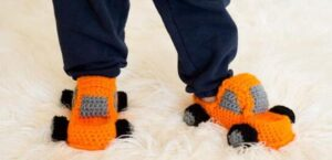 how to crochet slipper socks for baby boy