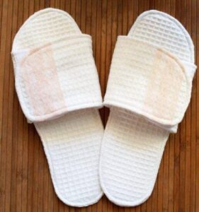 guest slippers washable