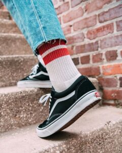 do you wear socks with vans