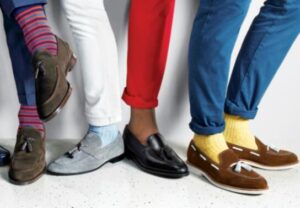 how to wear loafers with socks