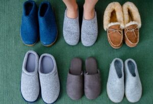 what types of slippers