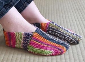 how to knit mystery slippers