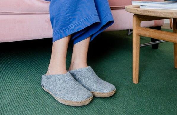 support slippers for the elderly