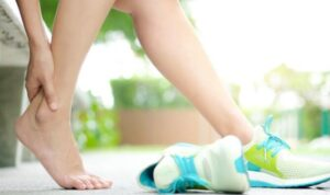 how to choose best shoes for foot pain