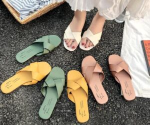 summer slippers with arch support