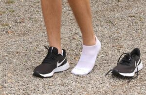 wear ankle socks with nike running shoes
