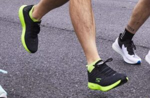 ankle socks with bright running shoes
