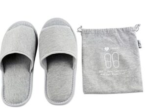 snoozies travel slippers with pouch