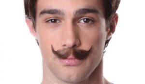 how to shape up mustache