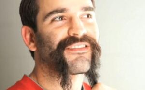 how to trim moustache with trimmer