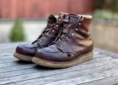 thorogood boots for working